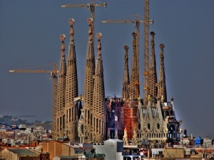 3097657-Sagrada_Familia__SlapBcn__Flickr